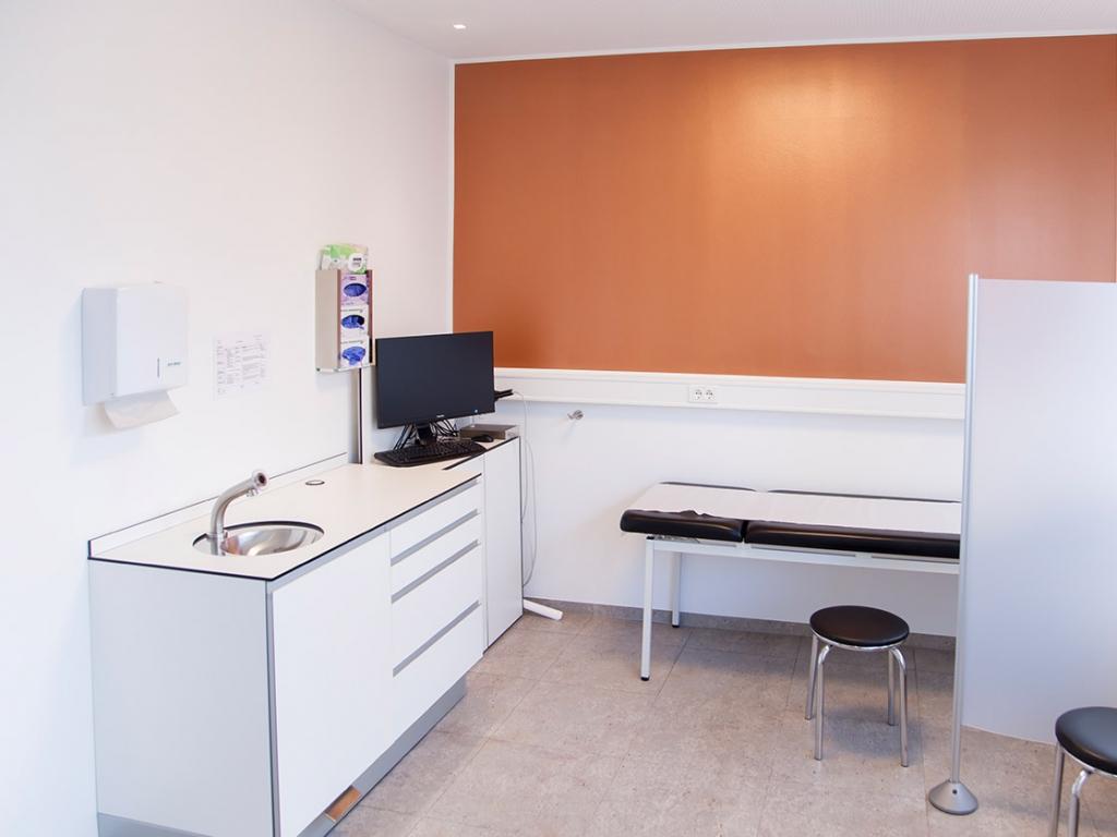Praxis | Behandlung Dermatologie | Dr. med. Ulrich Schneider & Dr. med. Stephan Krüger, Freundenstadt